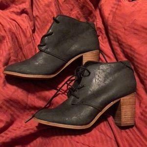 TOMS Black Lunata Lace Up Booties-Size 7.5